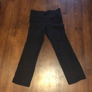 Athleta straight leg ankle length yoga pant